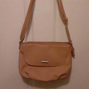 Koltov tan leather purse